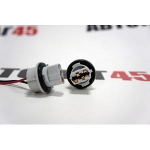 Разъем  T20 W21W 7440 1 контакт пластиковый поворотный с проводами