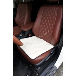 Накидка подушка на сиденье короткий ворс белый 60%