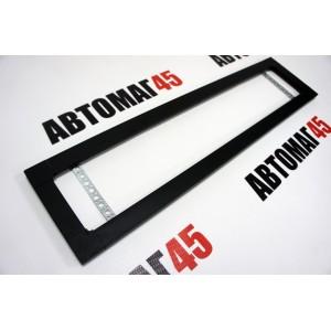 Широкая рамка номерного знака черная с углами алюминий